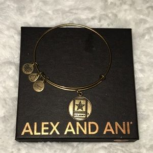 Alex And Ani Bracelet US Army Charm Bangle